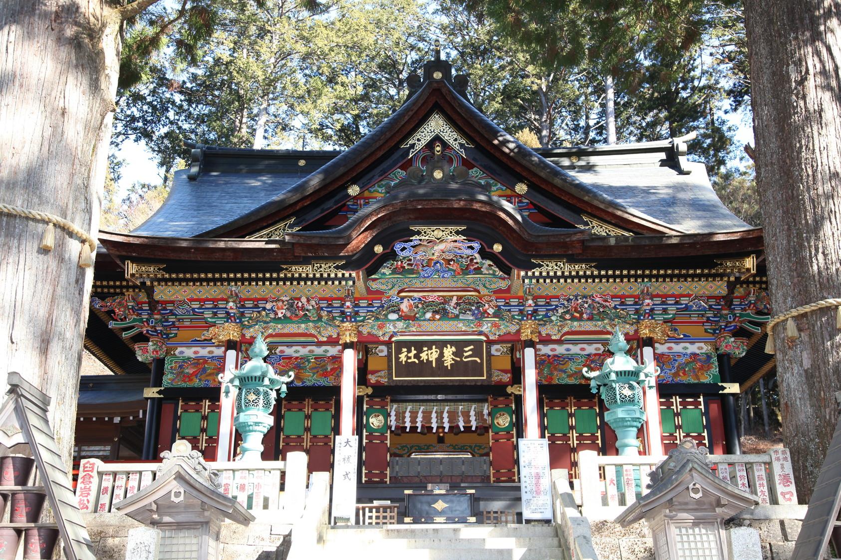 三峯神社(みつみねじんじゃ)